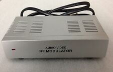 Dynex WS-007 RF Modulator RCA/S-Video to Coax Video Converter