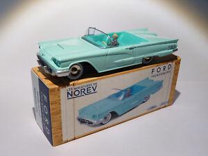 Ford-Thunderbird-Bleu-au-1-43-de-norev-conception-comme-dinky-toys-solido-cij