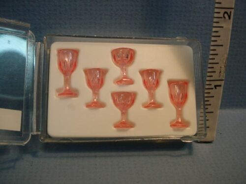 #CB38P  Chrysnbon Plastic 1//12th Dollhouse Miniature Cut Stemware 6PC Pink