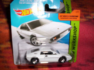 LOTUS-ESPRIT-S1-BIANCA-HOT-WHEELS-SCALA-1-64