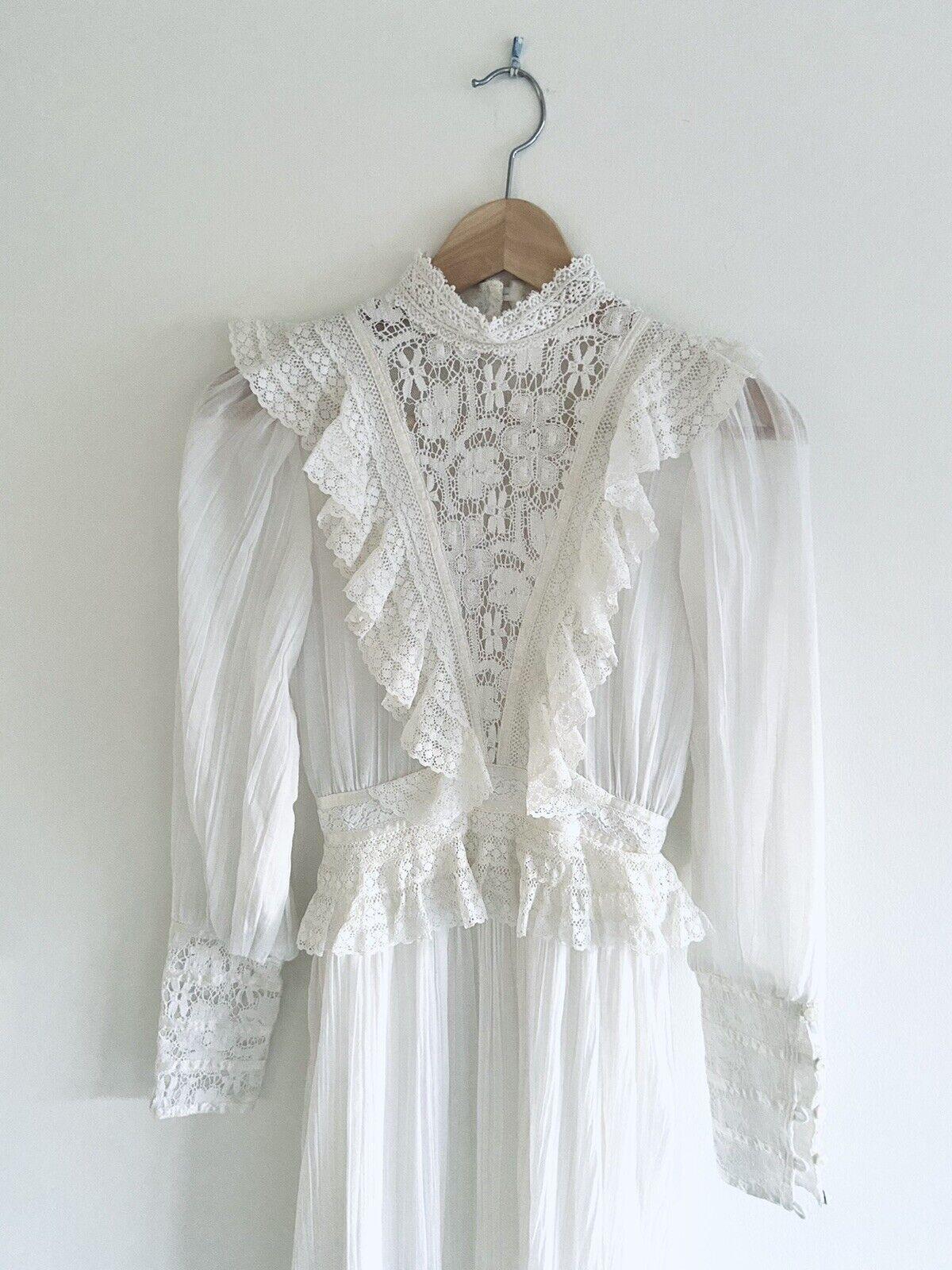 Vintage GUNNE SAX White Cotton Prairie Maxi Dress… - image 10