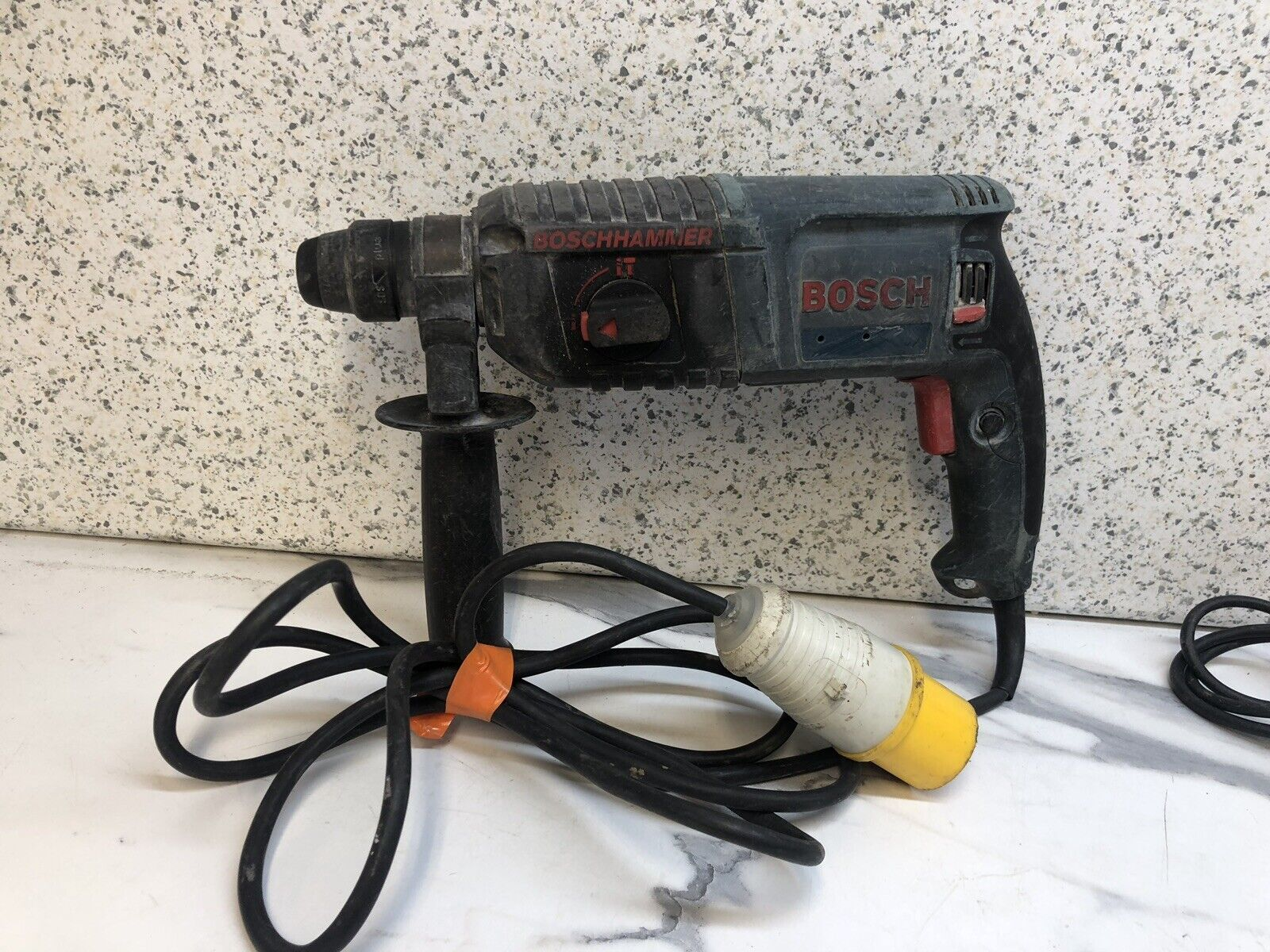 BOSCH GBH 2-22 RE SDS + 2 Mode Hammer Drill . 110v