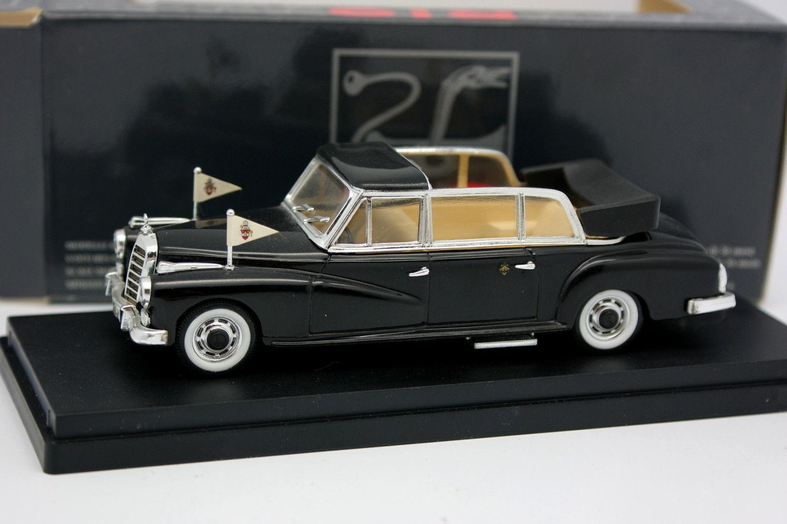 Rio  - Mercedes 300 D Limousine Pape Jean XXIII