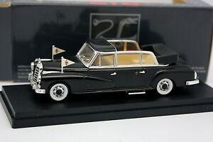 Rio-1-43-Mercedes-300-D-Limusina-Papa-Jean-XXIII
