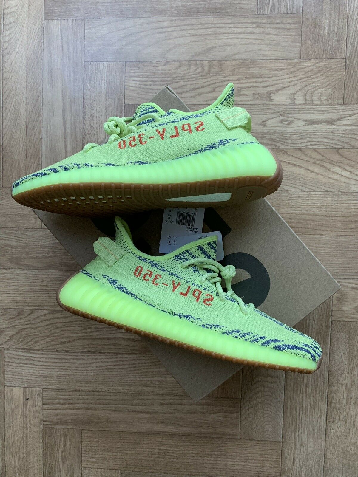 Adidas Zeezy 350 Boost V2 Frozen Yellow Size 10 Brand New (with Receipt)