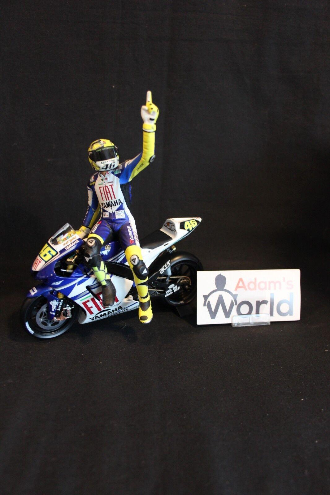 Minichamps figurine Valentino Rossi (ITA) 1 12  2007 (MM1)