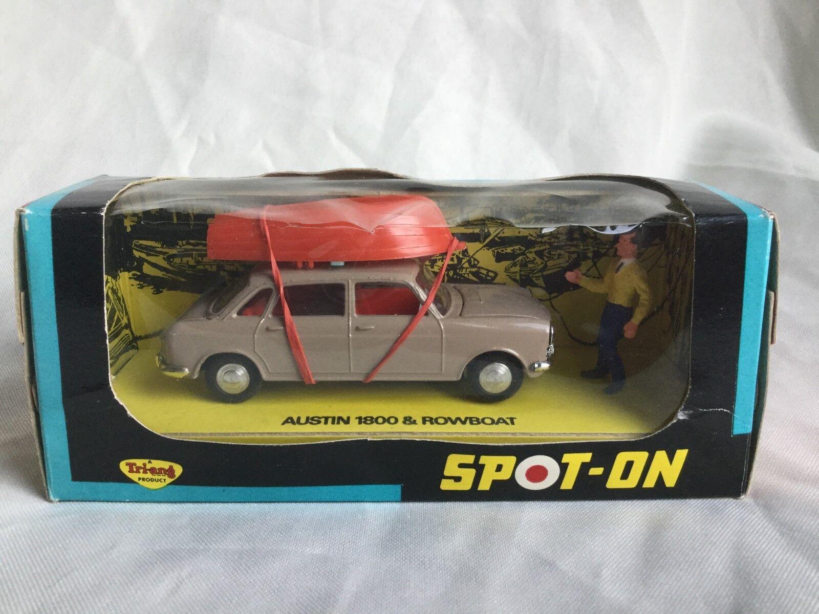 Spot On   Triang no. 410 Austin 1800 och Rowbåt årgång bil lådaed Selten   Sällsynt