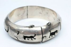 Vintage-Taxco-Sterling-Silver-Cuff-Bracelet-Mexico-Storyteller-Bullfighter