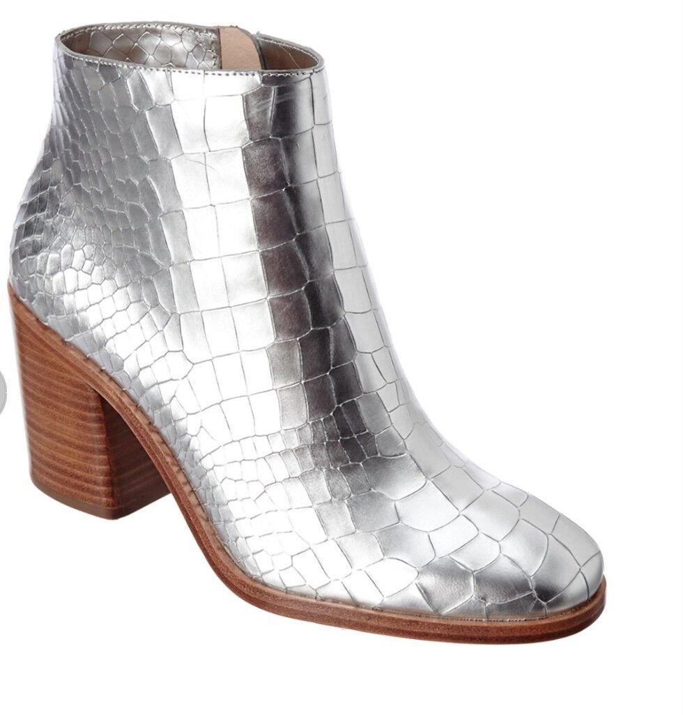 Pour la Victoire Winonacl Leather Boots, size 9.5 ()