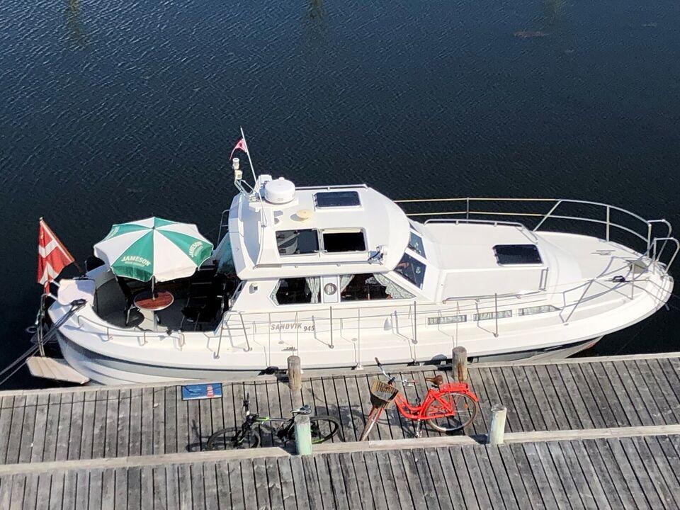 Sandvik 945, Motorbåd, årg. 1997