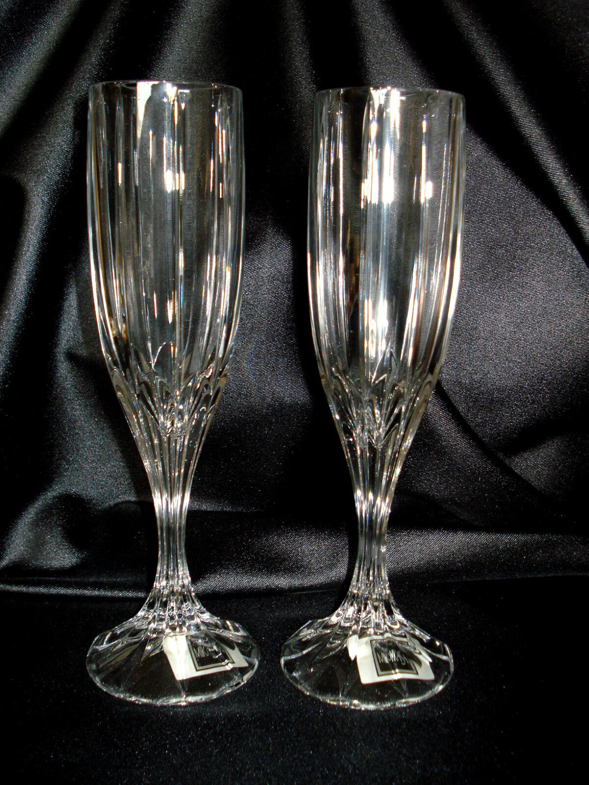 Mikasa Berkeley Set of Two Cristal Champagne Glasses in the Box  GERMANY