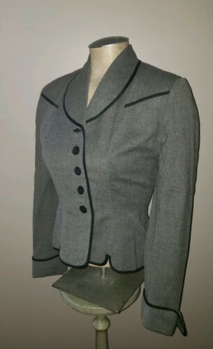 Vintage 1940's Jaunty Juniors wool fitted cropped