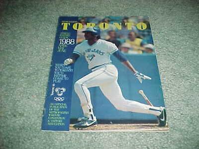1988 The Sporting News Baseball Register-Toronto Blue Jays George Bell
