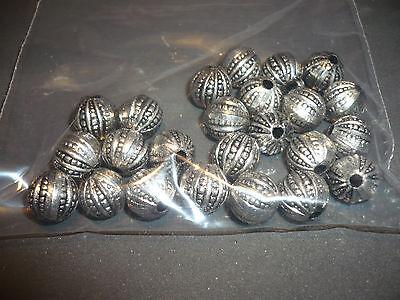 24 Stück Perlen Aus Kunststoff, Silberfarben, 10 Mm, Bohrung 3mm SchüTtelfrost Und Schmerzen