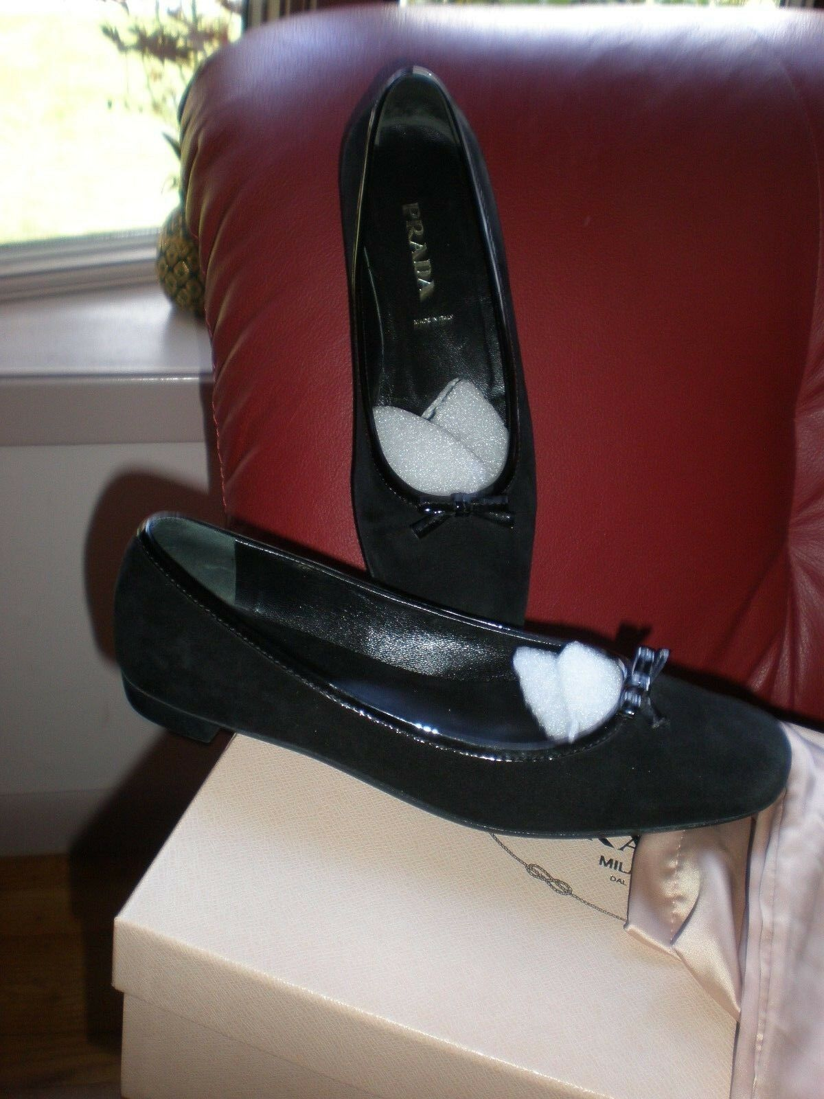 Prada Zapatos Gamuza Tacón Bajo Bajo Bajo Bailarina con poco arco-negro talla 36 Bombas De Pisos  buscando agente de ventas