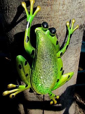 JUMPING GREEN FROG YARD ART MOSAIC GARDEN STAKE DECORATION