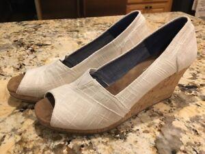 5e2fe7f3207 Details about Toms Women's Stella Natural Yarn Dye Peep Toe Wedge Shoes  Heels 12 EUC