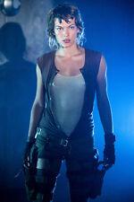 Milla Jovovich Resident Evil With Guns 11x17 Mini Poster