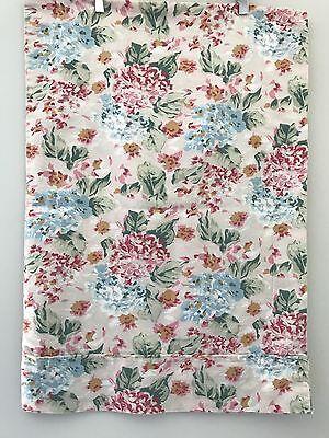 PAIR! vtg Eileen West STD PILLOWCASES Floral Hydrangea Multi-color Cottage