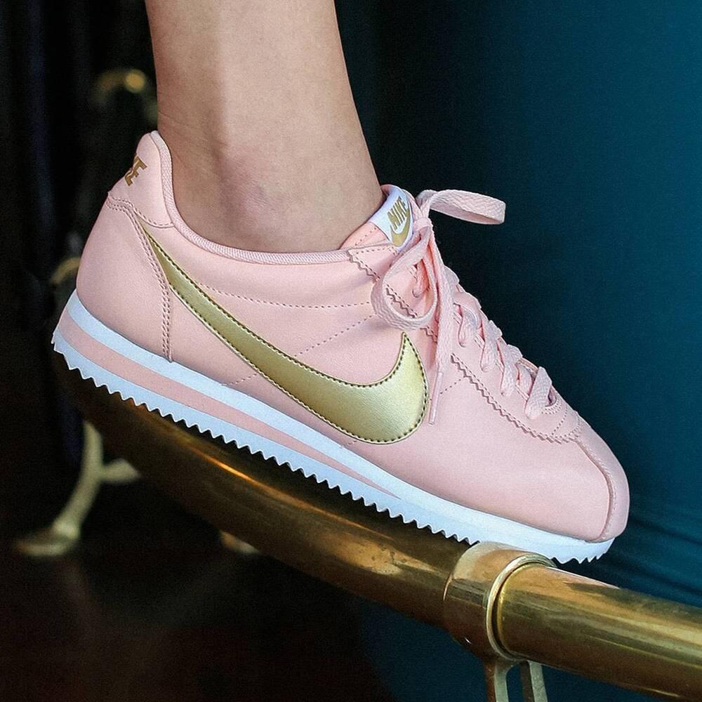 Femme Nike classic cortez leather UK 6.5 EUR 40.5 807471 800) Arctic orange/or-
