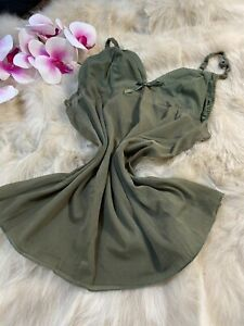 Nice-green-Camisole-Top-sleepwear-nightwear-size-us38-it5-eu85