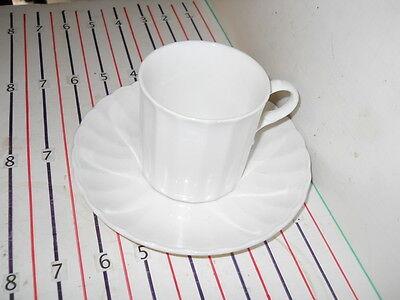 Mikasa Yardley Cups /& Saucers 6 Set of