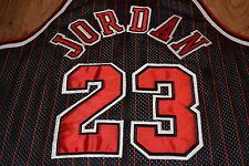 AUTHENTIC Champion NBA Chicago Bulls MICHAEL JORDAN Trikot Jersey XL! Basketball