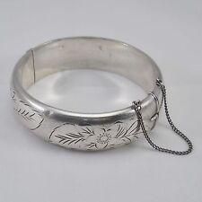 Hallmarked silver hinged bangle, half engraved floral design, vintage 1975 27.6g