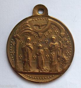 grande-medaille-circulaire-en-bronze-der-heilice-familie-38-mm
