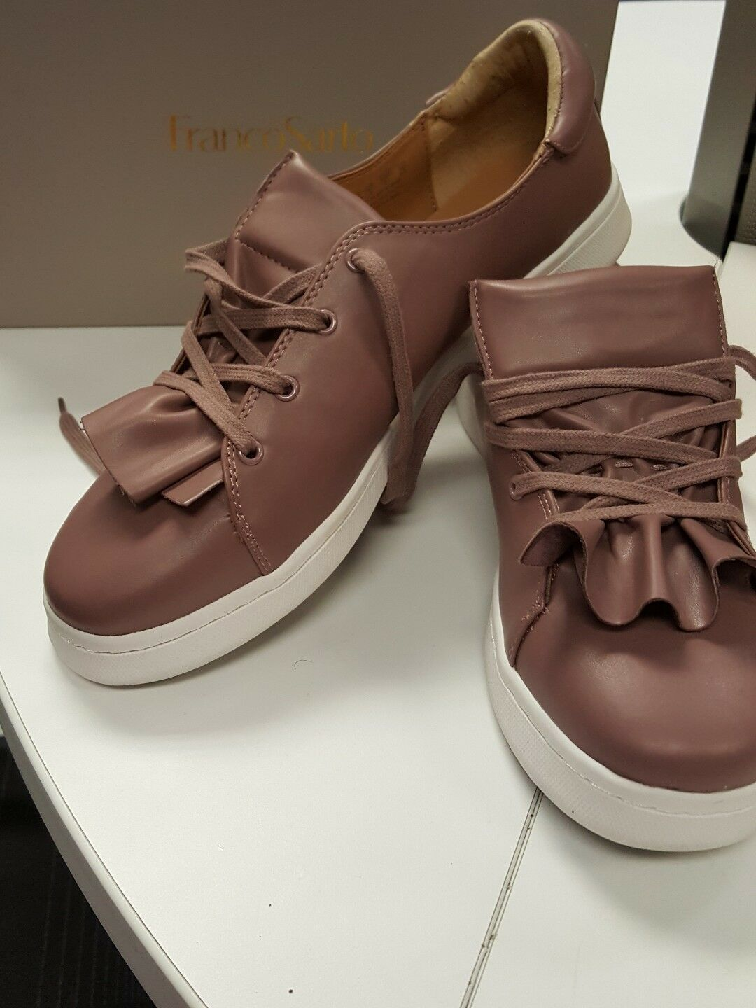 NIB Franco Sarto Stephanie Sneaker Lace-up Pleated Ruffle Mauve Size 11 M