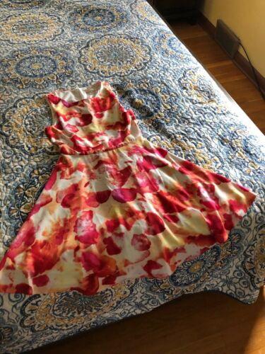 Women's Clothing - Dresses