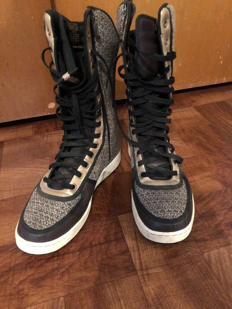 Nike Hightops/Jeffree Star  Cheap and fashionable