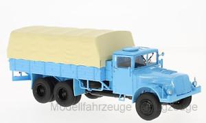 47028 Tatra 111 blue Pritsche Plane, 1 43 Premium Classixxs