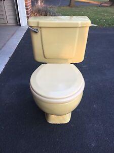 Vintage 1973 Yellow Crane Toilet Big Flush Retro Euc No
