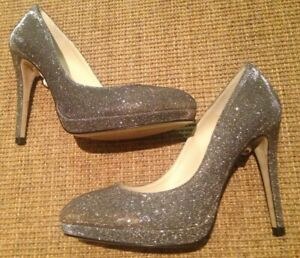 MOVING SALE! LK Bennett black patent heels! Sz 40 | Black