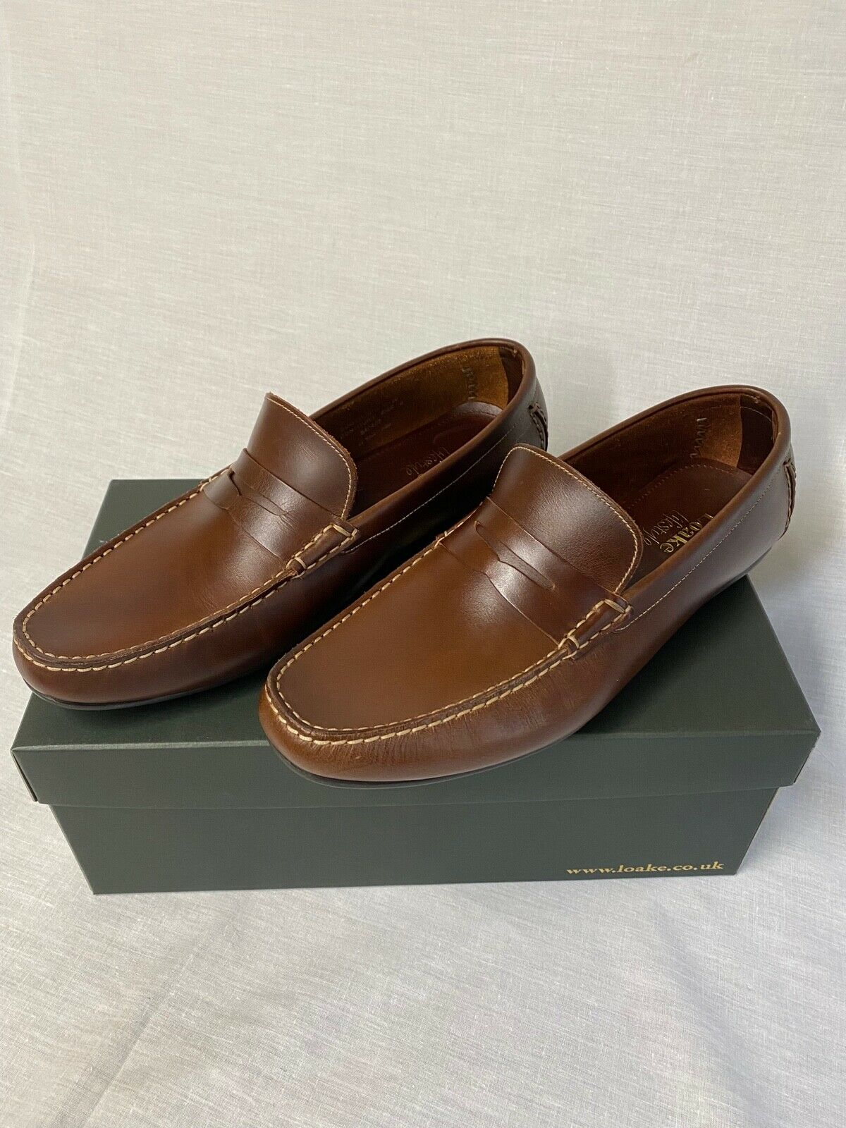 Loake Goodwood Brown Moccasin 10 F RRP - Brand New Loake
