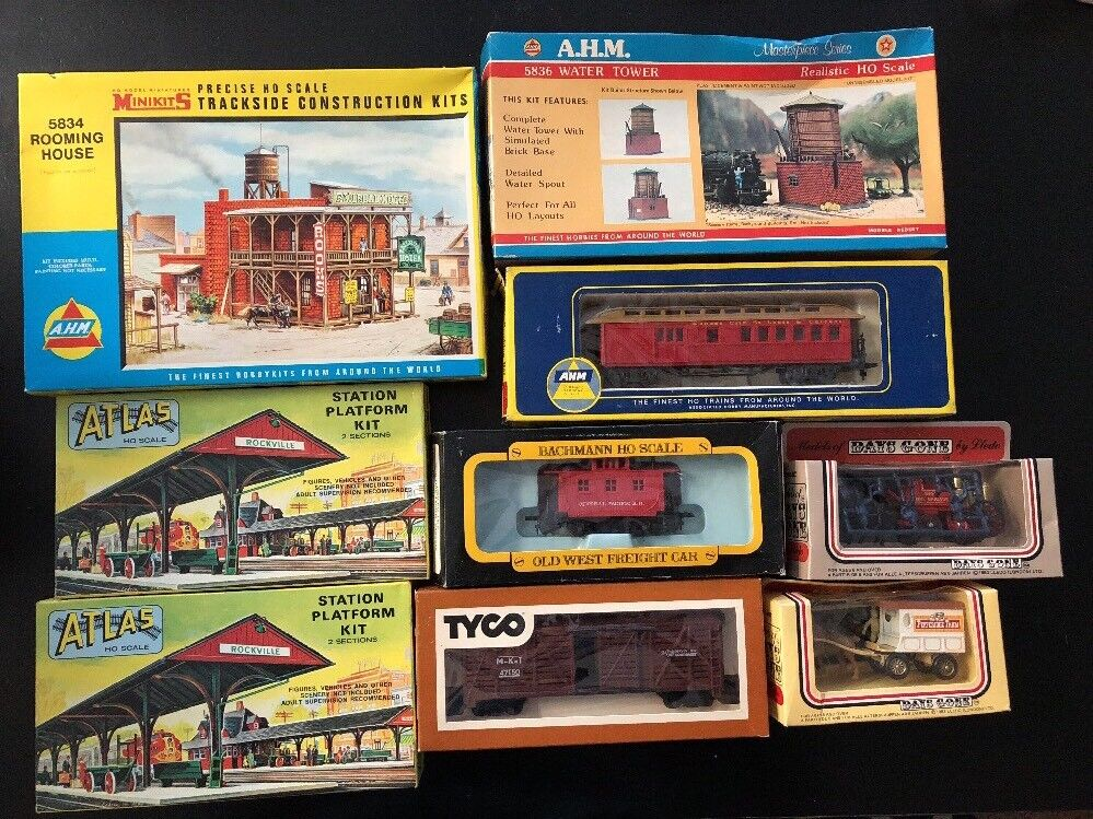 Lot of 9 Vintage TYCO BACHMANN ATLAS A.H.M. DAYS GONE HO Train Accessories New