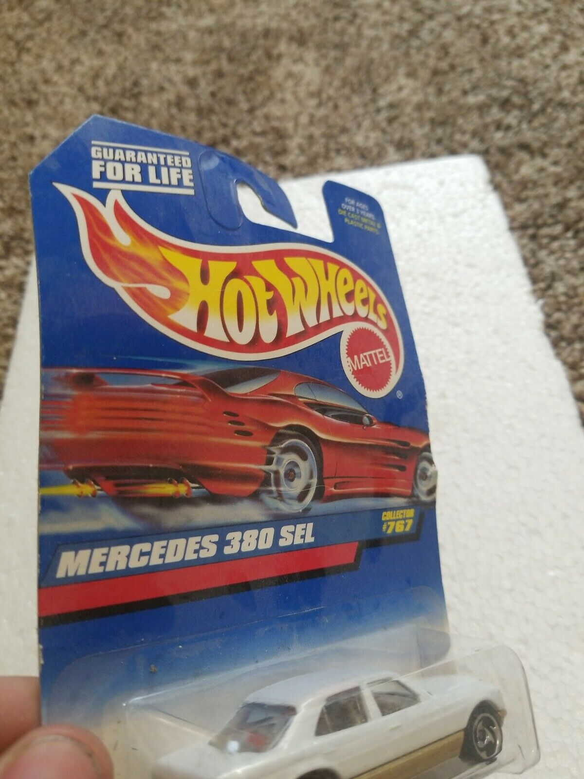 HOT WHEELS MERCEDES 380 SEL #767 Die-Cast Car MOC COMPLETE 1997