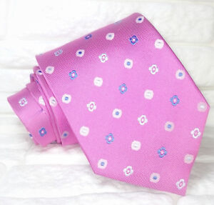 Cravatta-uomo-rosa-jacquard-Made-in-Italy-100-seta-business-matrimoni