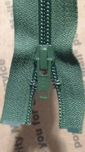 Lot of 24 NEW YKK Dark Green 33 inch Zipper #5 CNFOL-56
