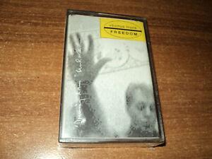 PAUL-McCARTNEY-Driving-Rain-bonus-track-Freedom-new-cassette
