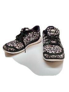 fuga mil cinta  Nike Free 5.0 V4 size 3.5 in white & grey cheetah leopard print - RARE! |  eBay