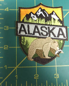New-Alaska-Shield-shape-Patch-with-bear-and-mountains-Embroidered-Bear-patch