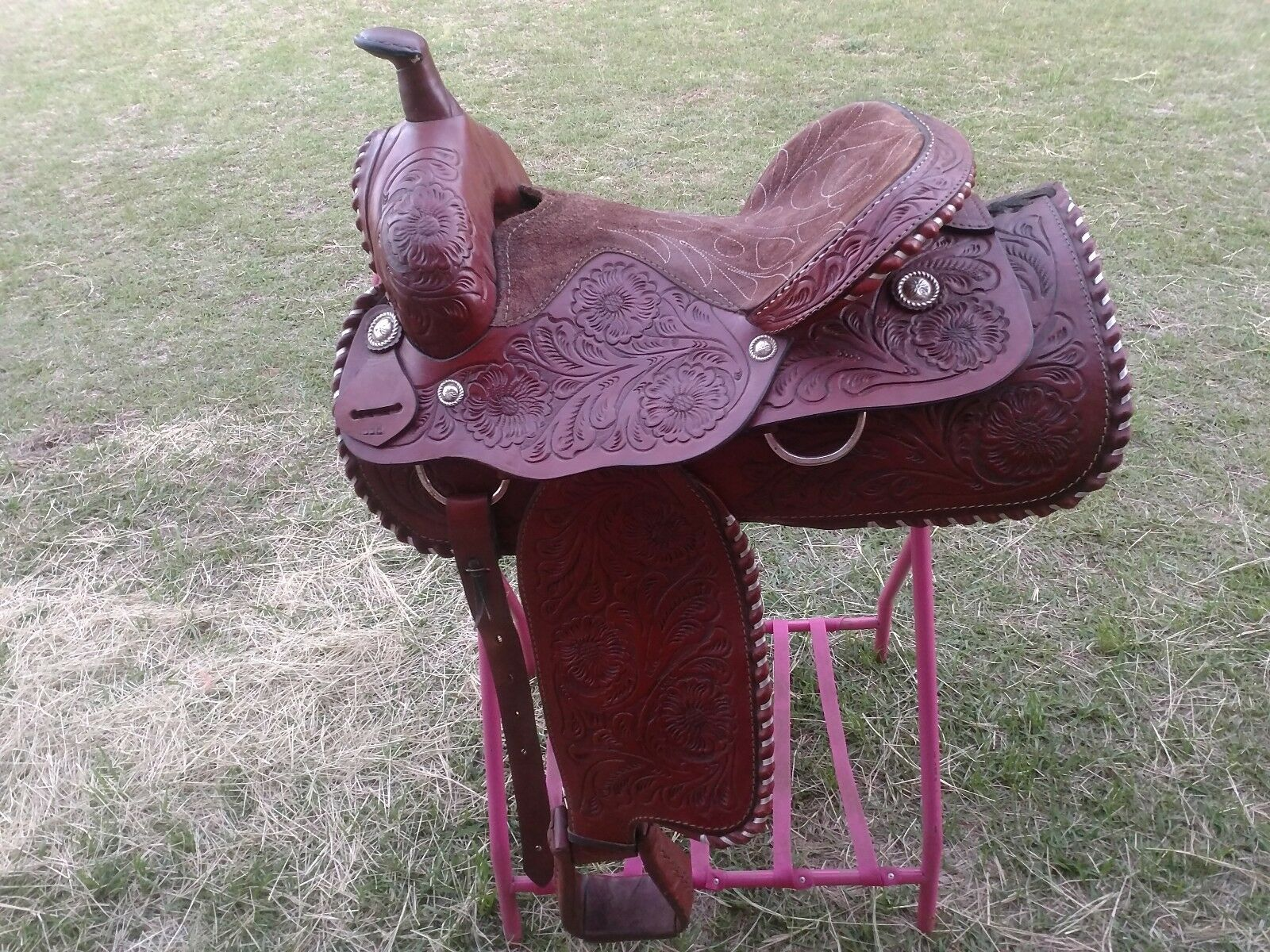 16  Western saddle, roughed out seat   no minimum