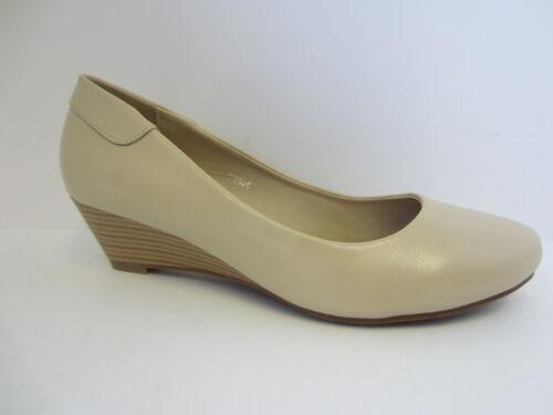 F9806 Ladies Cream Or Black Spot On Wedge Shoes UK Sizes 3-8