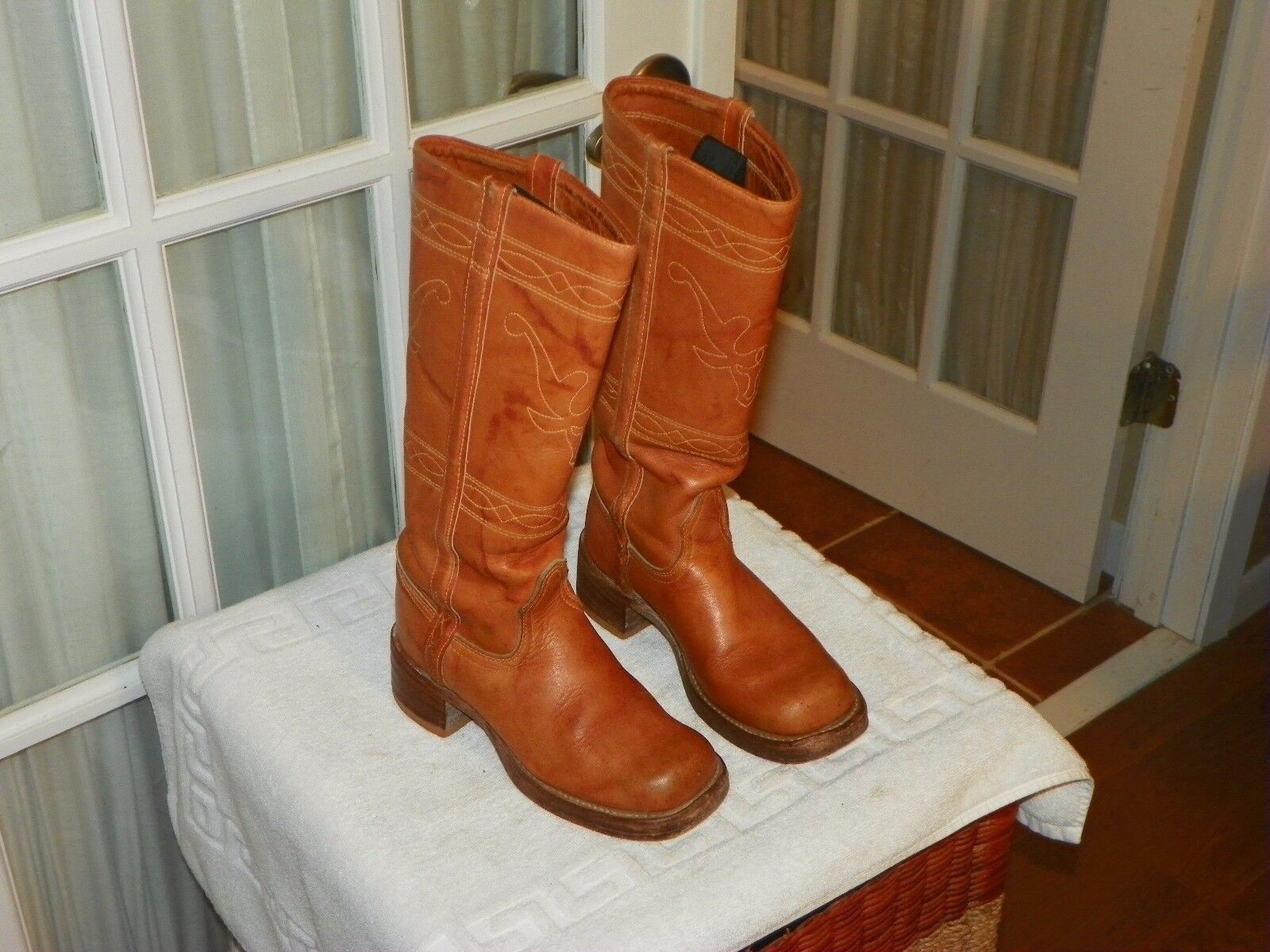 Vintage Unbranded Made in USA Cognac Campus Boots Women's size 5 M