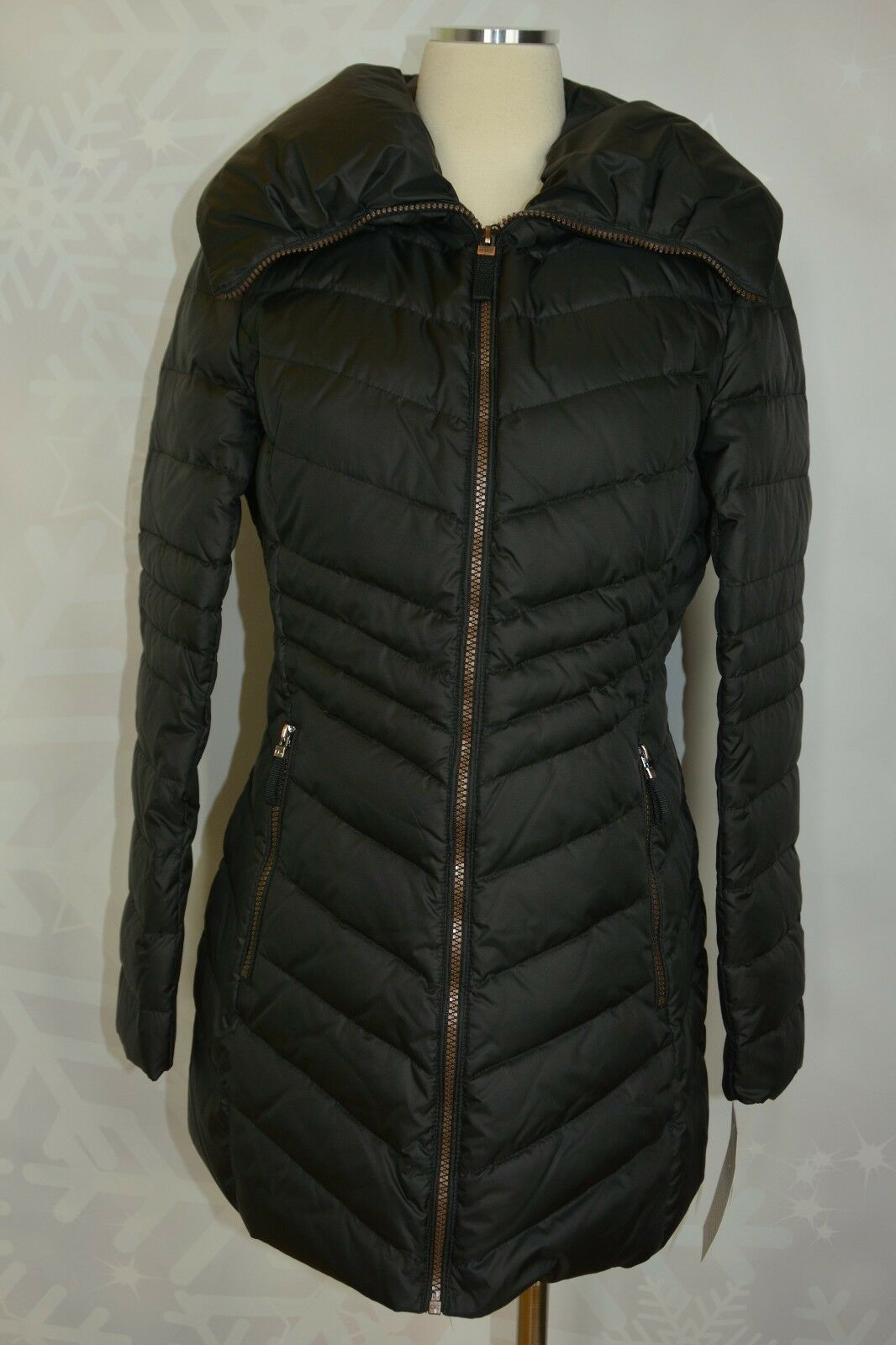Marc New York  Kirby  Pillow Collar Puffer Coat Size M    NWT
