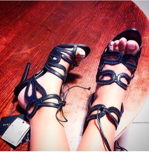 タ hauts les ᄄᄂ avec Rrp talon un Toutes talons 59 Sandales tailles noires Zara coupᄄᆭes 99 KJcTl1F3