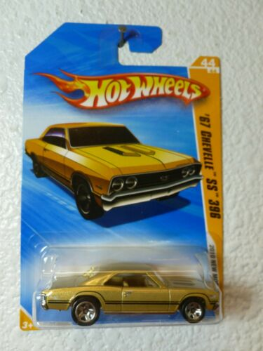 Champagne Gold 2010 Hot Wheels New Models /'67 CHEVELLE SS 396 #044