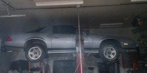 For sell solid 1984 camaro